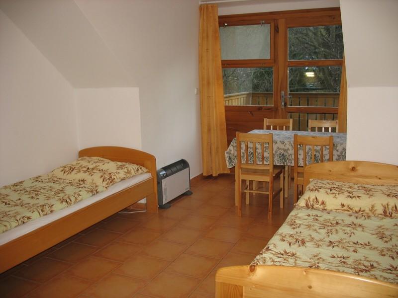 Apartmá č.12 - pokoj s kuchyňkou