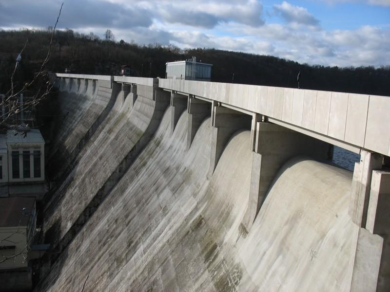 Vranovská přehrada - po rekonstrukci mostu hráze (2019)