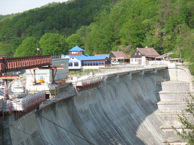 Vranovská přehrada - rekonstrukce mostu hráze (2018)