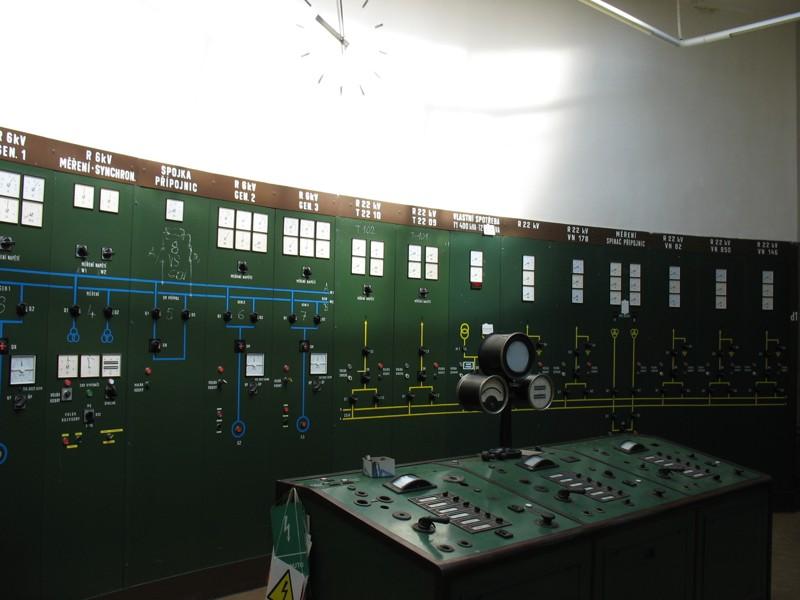 Původní velín vodní elektrárny Vranov