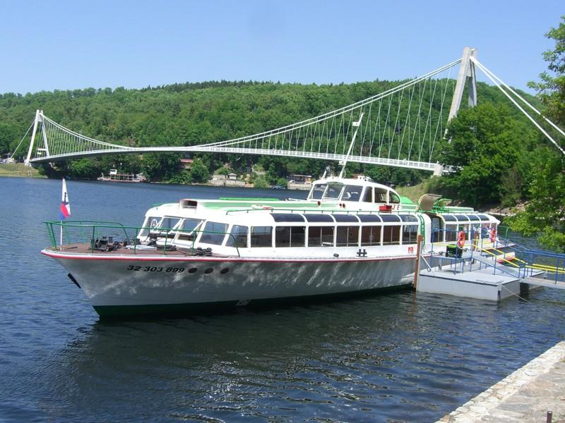 Vranovská přehrada - hydrobus Dyje